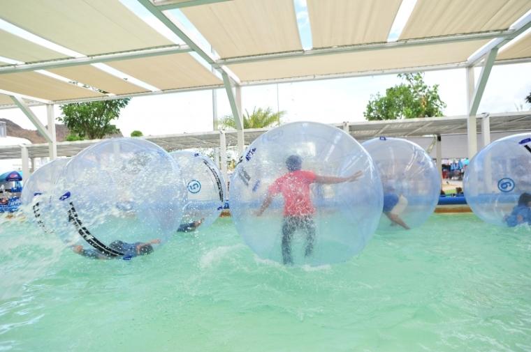 waterball_santorini2