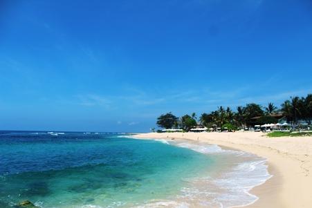 Objek-wisata-pantai-Sawangan