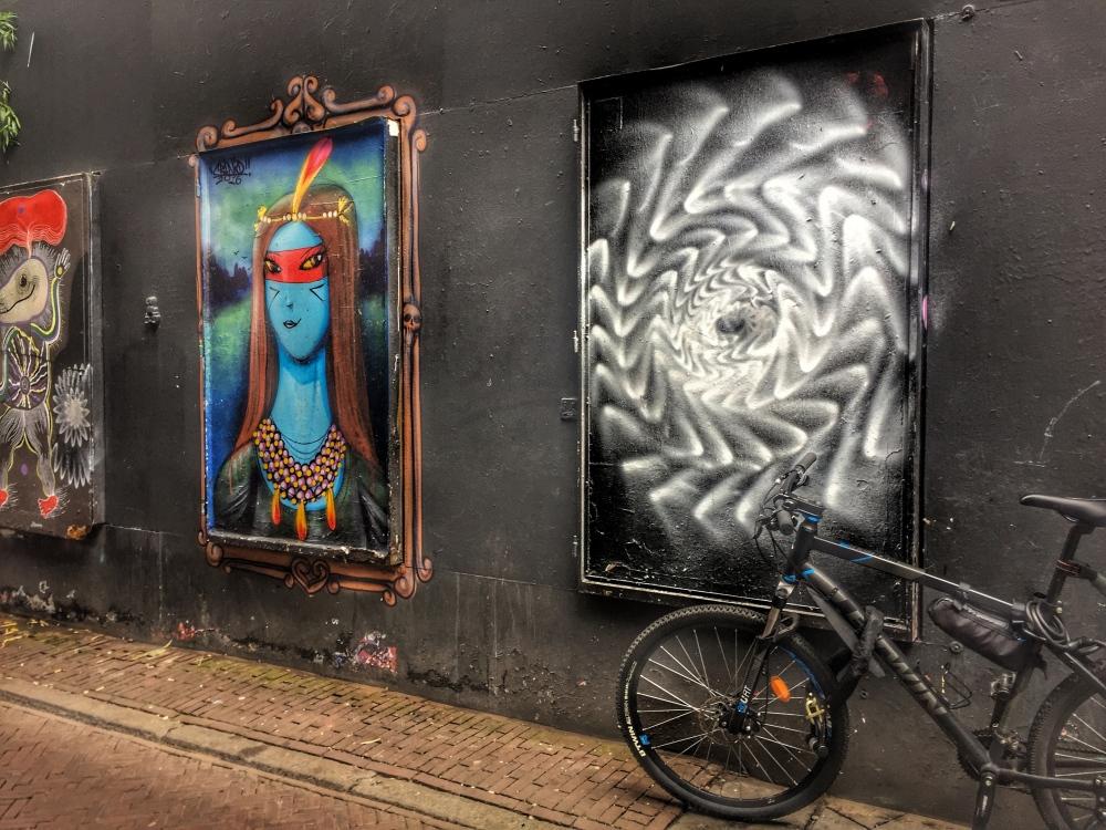 Jalanan Kecil di Amsterdam.jpg