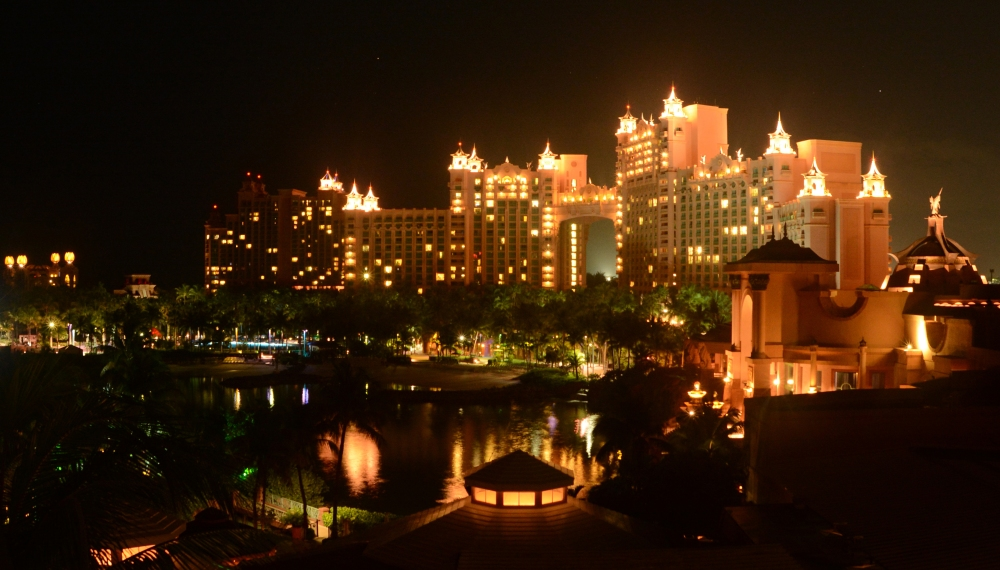 Atlantis_Paradise_Island_Royal_Towers