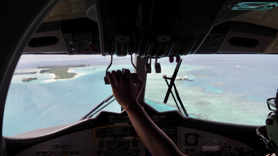 Dalam pesawat amfibi